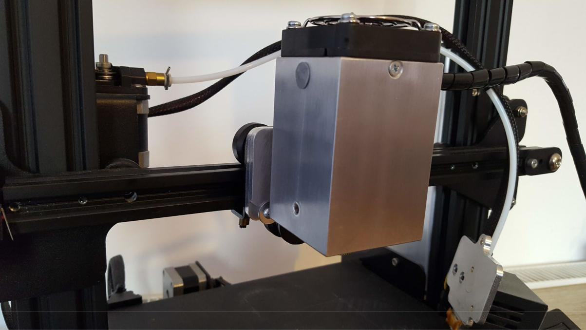 Pic: Extruder mounted